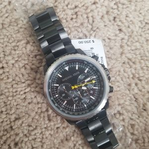 Nwt michael Kors black MK8643 watch